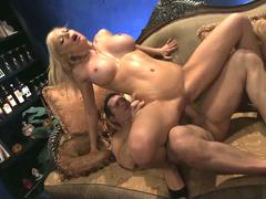 Lucky Holly Sampson makes out with two handsome men on the couch