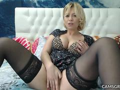 Amazing Milf Using Hitachi