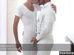 MormonBoyz - Hairy missionary guy gets barebacked by a muscle daddy