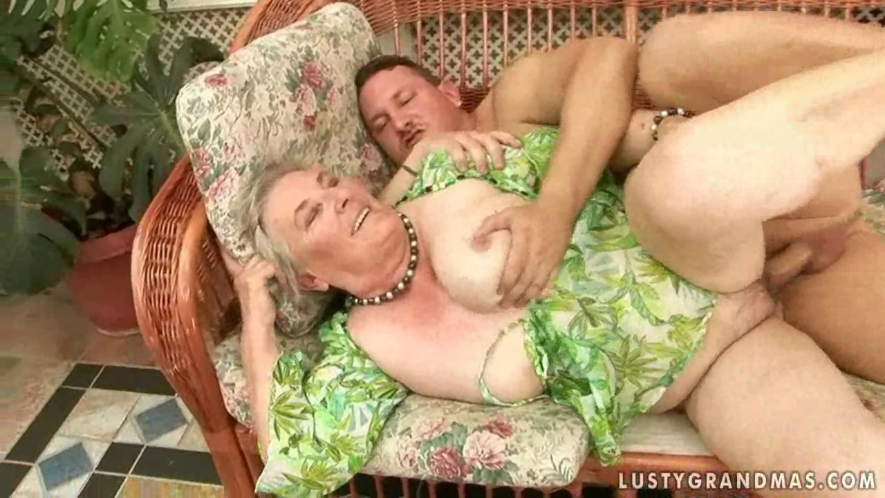 Rough Sex Plump Grandma