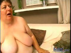 This mature BBW wants cock