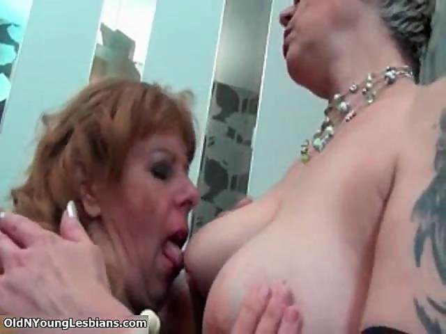 Up Close Lesbian Pussy Sucking