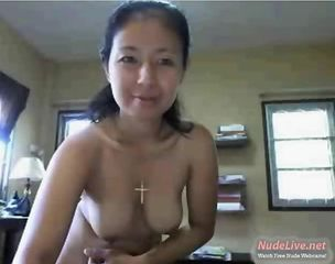 Very Hot and Mature Thai loves to tease on   Webcam