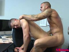 Muscled British queer colleagues shag in the ass HD