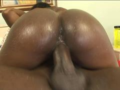 Marvelous ass ebony whore gets handled with gloves during a bbc impalement