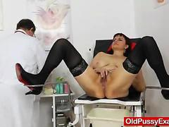 Remy vulvas put to the inspection on the old cunt examination
