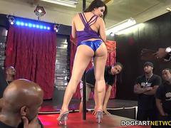 Double penetration with Valentina Nappi
