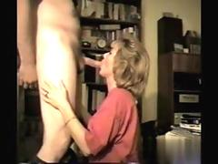 fat ass slut has an erect pecker to lick on