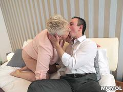 This blonde granny want to taste that younger long shaft in her wet cunt