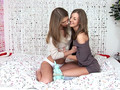 Loving Beauties sensual lesbian scene by SapphiX