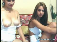 pakistani chicks strips naked on cam clip