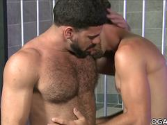 Bear Ricky Larkin pounds Joes ass