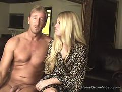 Hot amateur couple fuck on cam for the first time