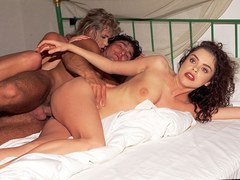 Vintage threesome with eurobabes